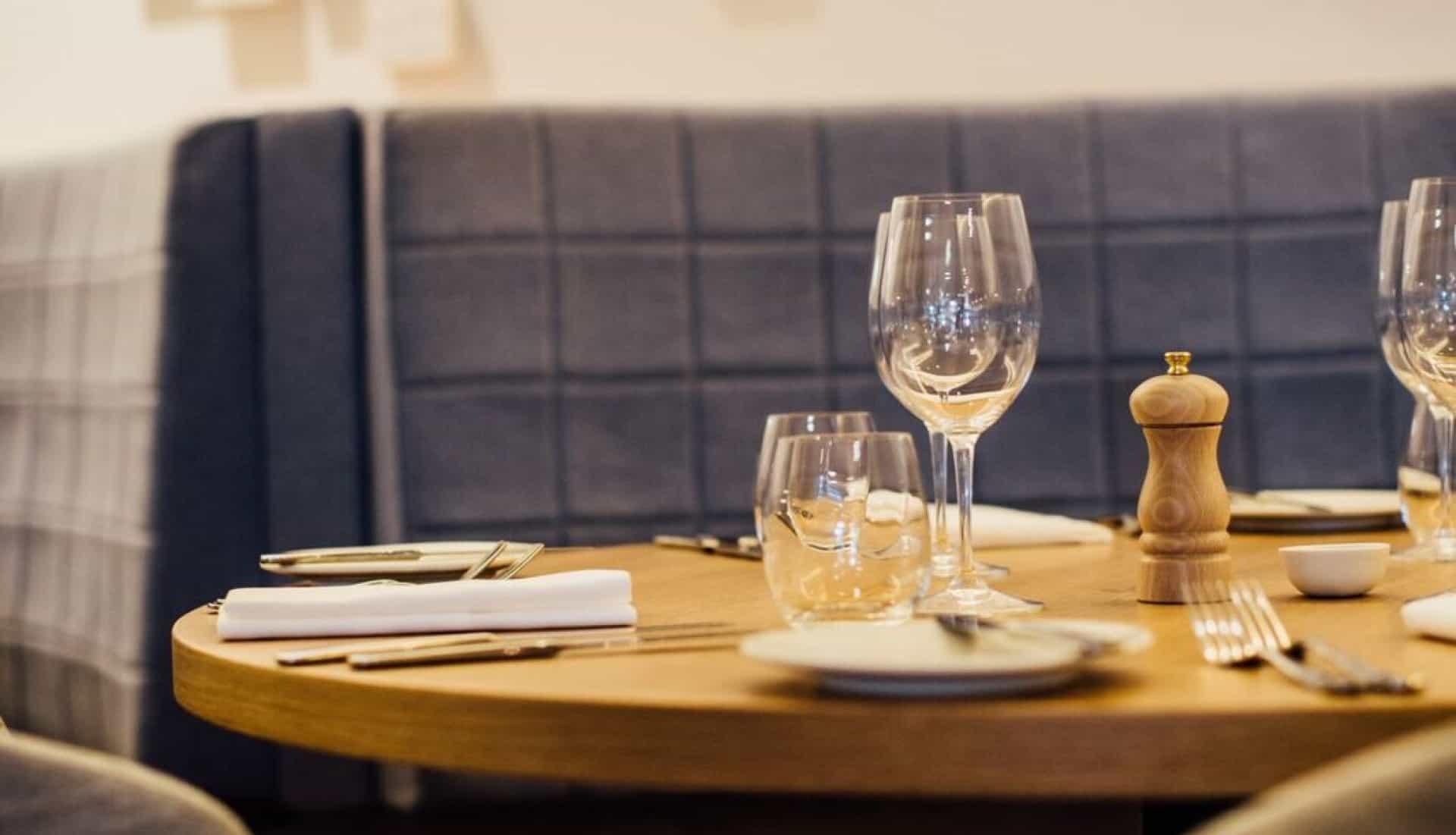 Euro restaurant in Auckland dining table design