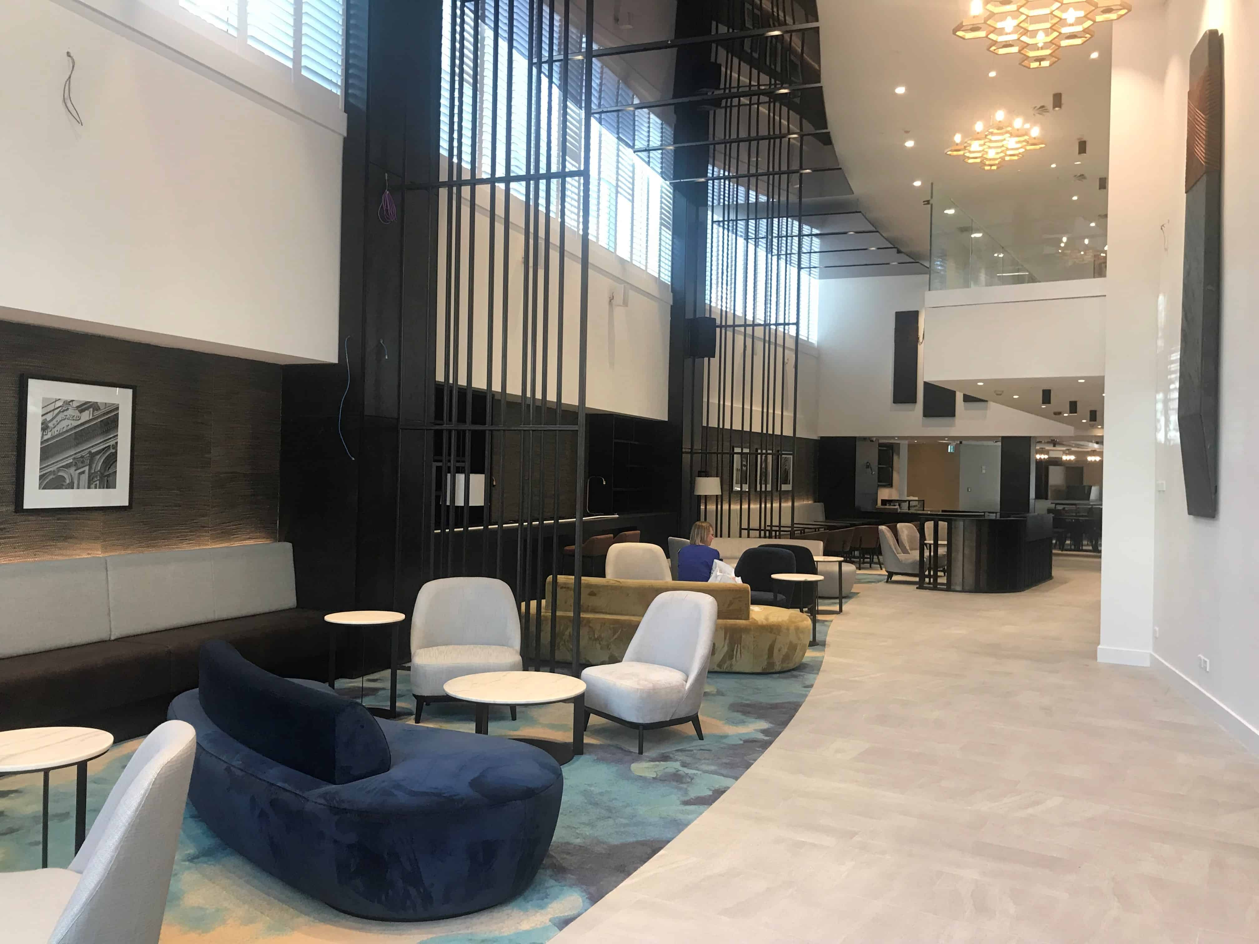 Sheraton Four Points hotel in Auckland foyer and bar design