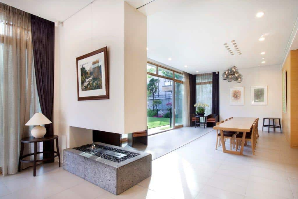 Government residences public sector in Seoul dining room design with fireplace